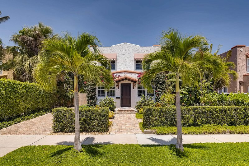 Villa Halla | 3bd/2.5ba | Private Pool & Parking, location de vacances à Palm Beach