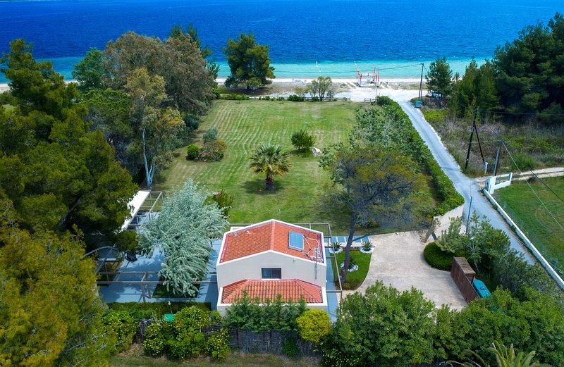 Tiamo Secrets - Palm Garden, holiday rental in Sithonia