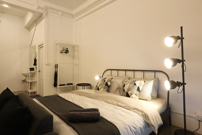 Loft Series: G Floor Quad Room, holiday rental in Pak Nam
