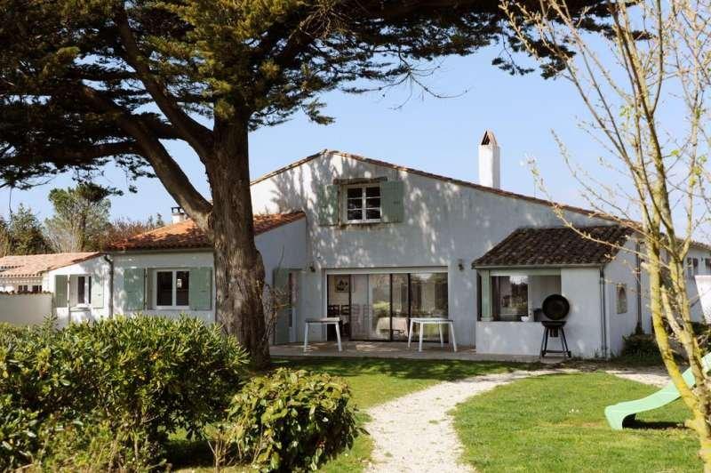 Amazing villa with swimming-pool, location de vacances à Saint-Martin-de-Ré