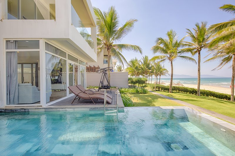 Beachfront Villa Ocean View