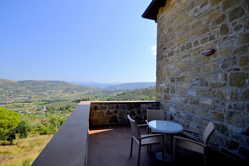 Alano Villa Sleeps 11 with Air Con - 5814381, vacation rental in Alano