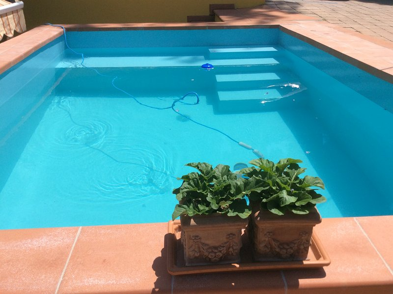 Villa Toscana - swimming pool - mooring for boat, holiday rental in Zaboric