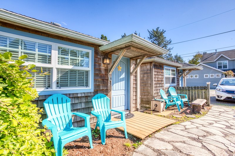 Peaceful and inviting dog-friendly cottage close to beach & town!, location de vacances à Cannon Beach