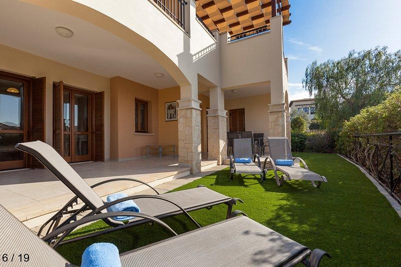 Modern 3 bedroom Ground Floor Apartment, Aphrodite Hills Golf and Spa Resort, alquiler vacacional en Kouklia