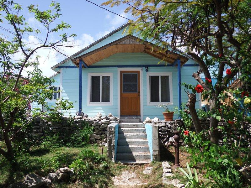 Turtle Creek Inn By The Sea Gardenview 2, casa vacanza a Ascension Island