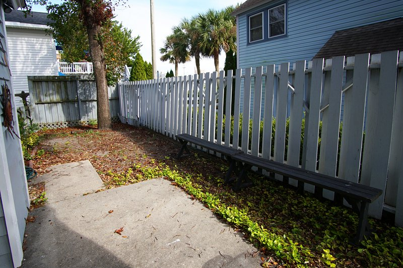 Fence,Yard,Outdoors,Nature,Path