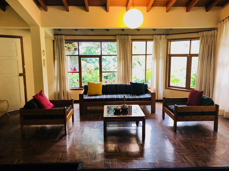 Holiday Home - Casa Vacacional Amazing, holiday rental in Tungurahua Province