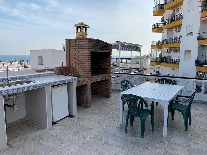 CASA TORRECILLA LINDA | Adosado 2 Dormitorios a 50 metros de la Playa Torrecilla, casa vacanza a Nerja