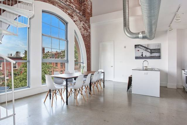 STUNNING 3BR/3BA Loft!! Minutes to NYC! Sleeps 10!, vacation rental in Jersey City