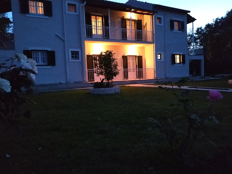 alykes family resort , triple room, vacation rental in Lefkimi