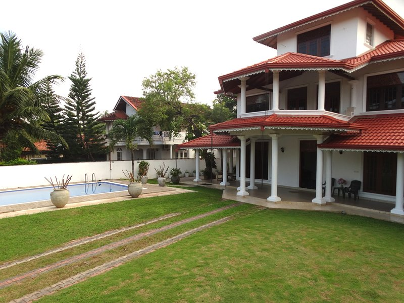 Dutch Palm Villa Negombo, vacation rental in Waikkal