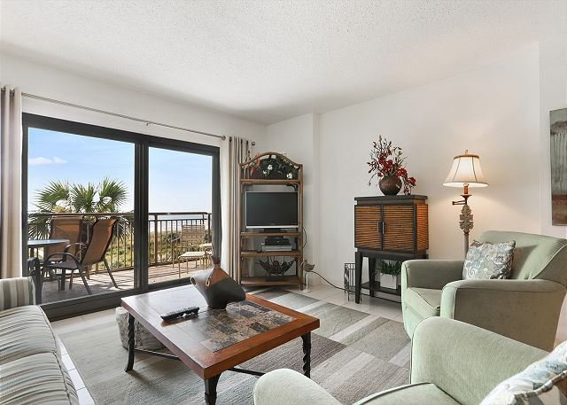 Ocean One 409 - Oceanfront 4th Floor Condo, vacation rental in Hilton Head
