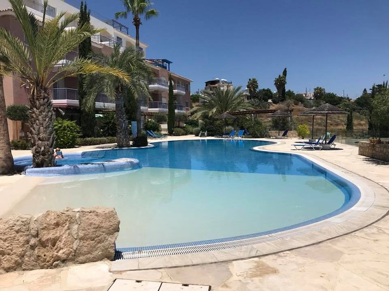 Aphrodite - Spacious 1 Bedroom Luxury Apartment in Exclusive Aphrodite's Springs, holiday rental in Paphos District
