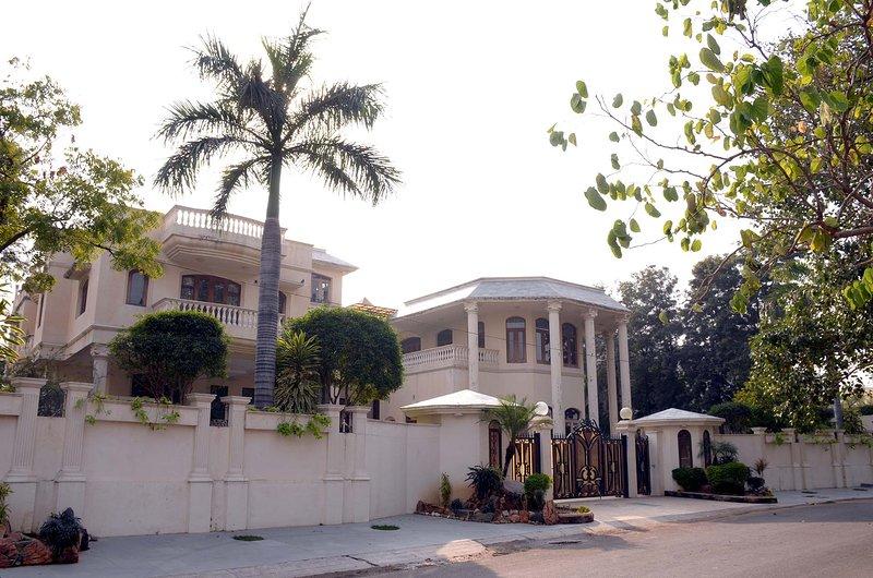 Krishnalaya Mansion by Vista Rooms, alquiler vacacional en Jaipur