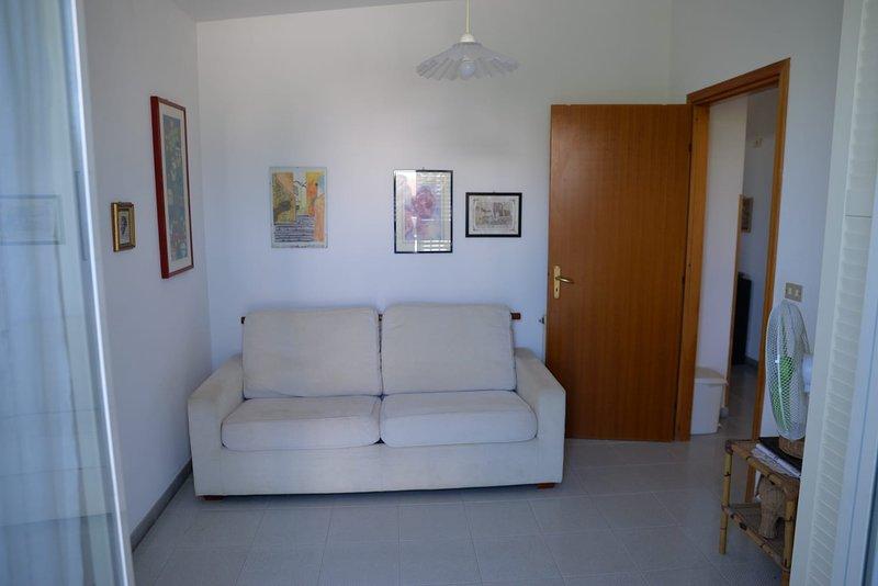 Beautiful apartment with sea view, location de vacances à Granitola
