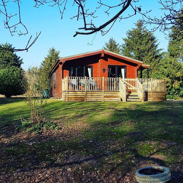 Alderwood Lodges, Hawthorns lodge, holiday rental in Larling