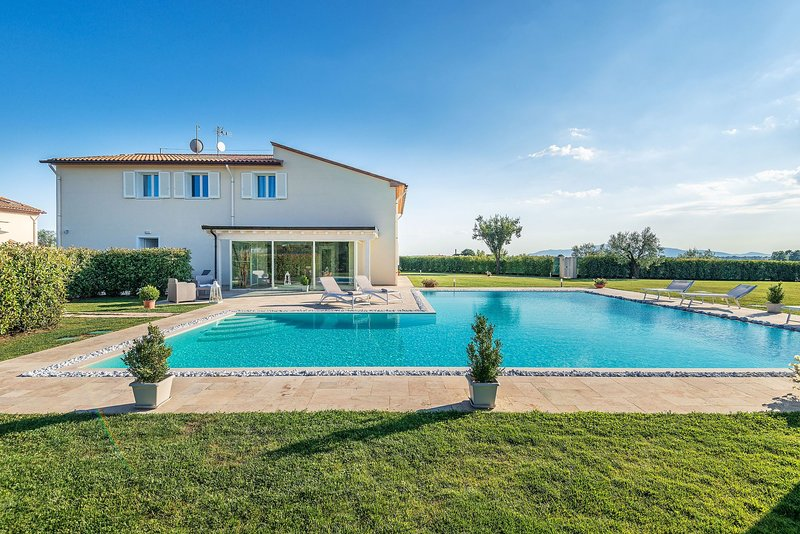 Villa Termae, location de vacances à Larciano