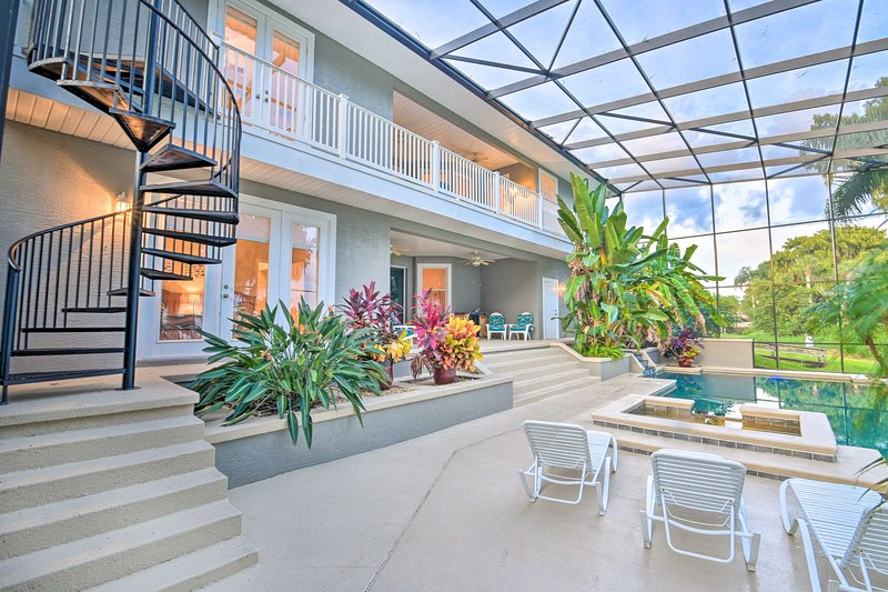 Relax in style in the tropical lanai.
