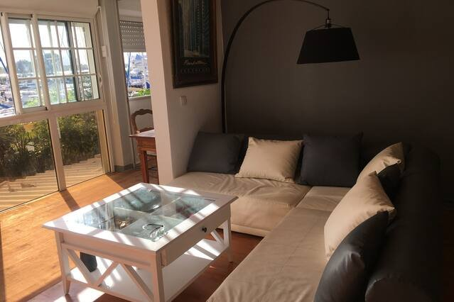 Beautiful apt with sea view & Wifi, vakantiewoning in Pointe-à-Pitre