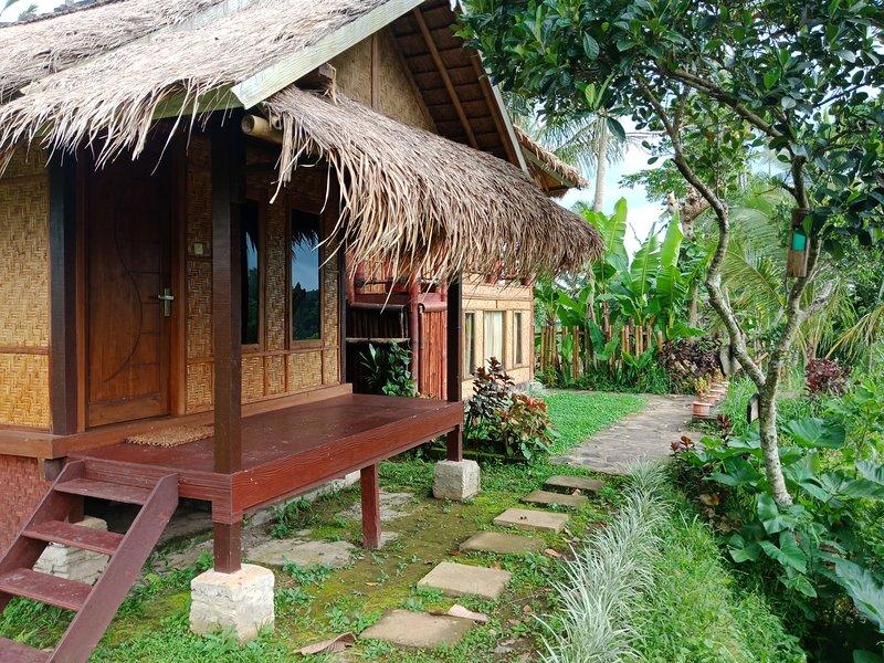 Lunggu Bungalow, vacation rental in Sikur