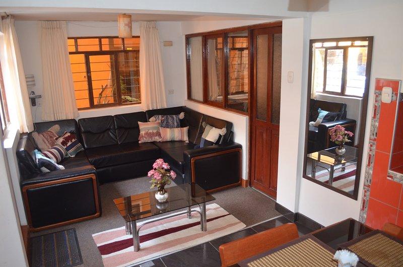 CONDOR SUITES Independent Apt - Perfect Location! (B-1), vacation rental in San Sebastian