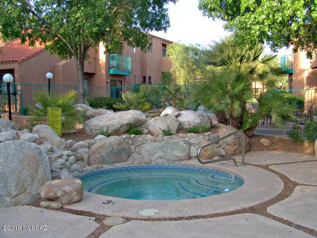 Fabulous 3bedroom Vacation Rental (Minimum 30 day lease), alquiler de vacaciones en Tucson