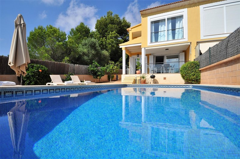 Calendar 2021 Opened- ES PAS - Beatiful Villa in Cala Pi with sea views.. EXCLUS, vacation rental in Cala Pi