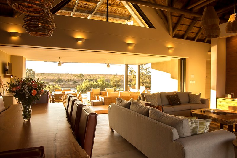 Jacana River Lodge UPDATED 2020: 5 Bedroom House Rental in Hectorspruit  with Private Yard and Air Conditioning - Tripadvisor