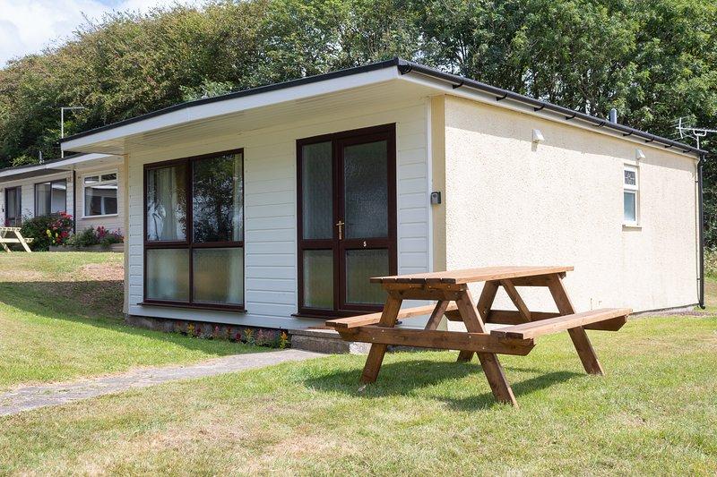 Atlantic Reach, Relaxing Cabin Near Bude, alquiler vacacional en Kilkhampton