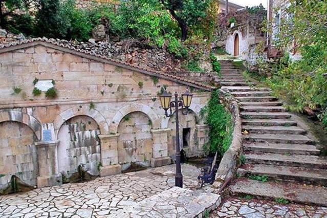 Nearby Villages: Proastio (9km)
