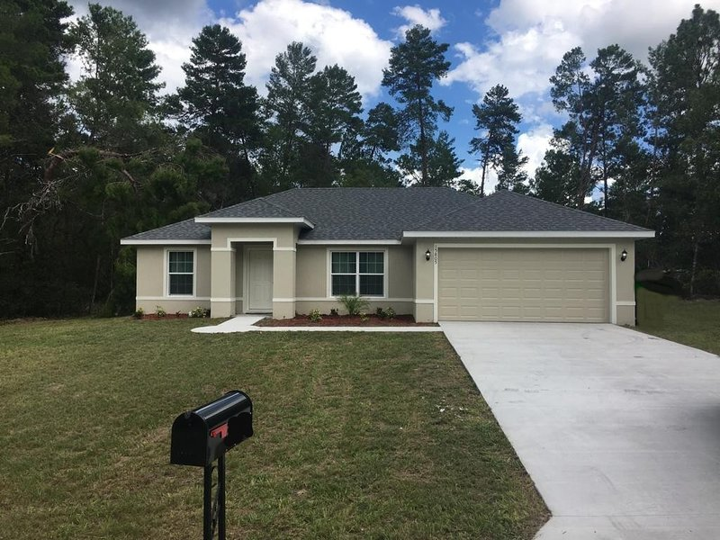 Brand New Home Priviledged Area Ocala, Florida, vacation rental in Ocala
