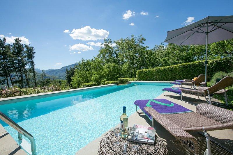 Piano di Coreglia-Ghivizzano Villa Sleeps 4 with Pool Air Con and WiFi - 5604625, holiday rental in Ghivizzano