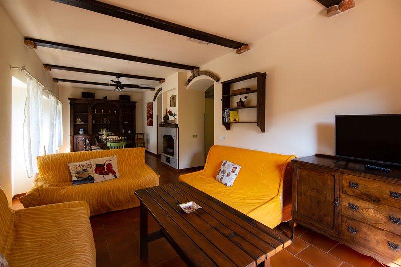 CASALE IL TRECENTO, holiday rental in Castiglion Fiorentino