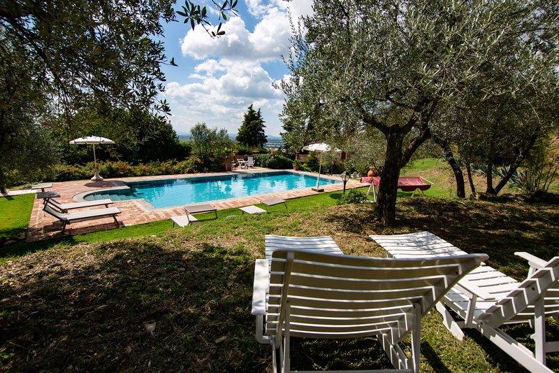 Fondaccio Villa Sleeps 9 with Pool - 5490576, holiday rental in Vitiano