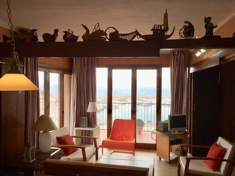 Apartamento frente al mar. Sant Feliu de Guixols, aluguéis de temporada em Sant Feliu de Guixols