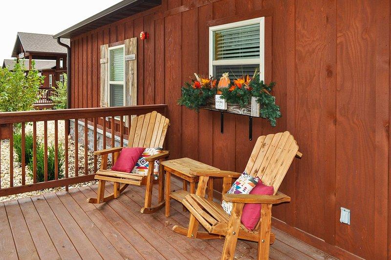 Acomódate en el porche con una taza de café caliente o cacao.