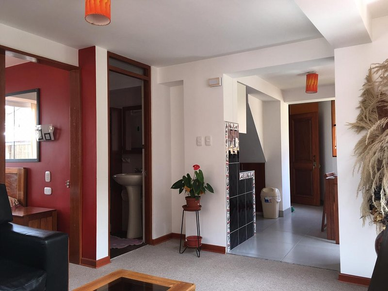 CONDOR SUITES Newly Built Beautiful and Modern Apt (C-4), holiday rental in Lamay