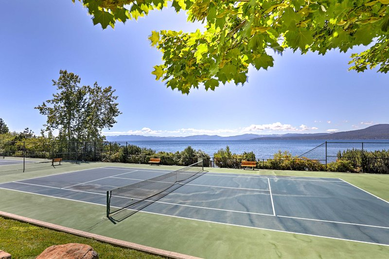 Jouez une partie de tennis ou deux!