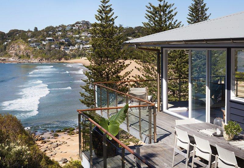 WHALEY BEACHFRONT - Whale Beach, NSW, vacation rental in Whale Beach