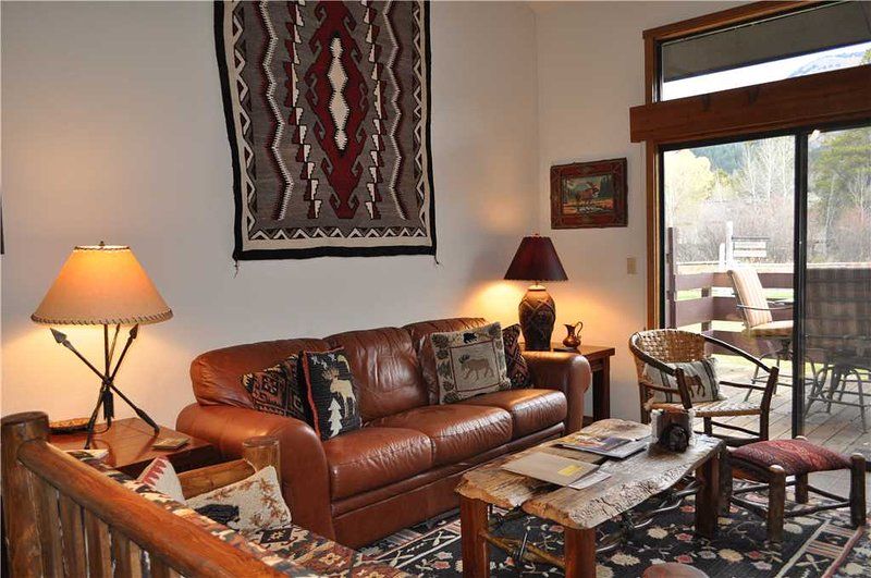 Primrose 1711 - 2BR plus Loft, vacation rental in Wilson