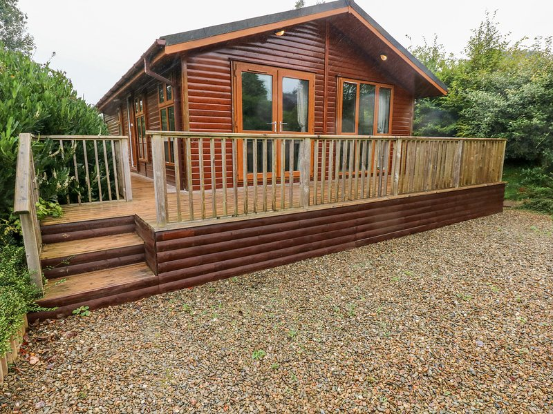 1 Hornbeam Lodge, Narberth, holiday rental in Clunderwen