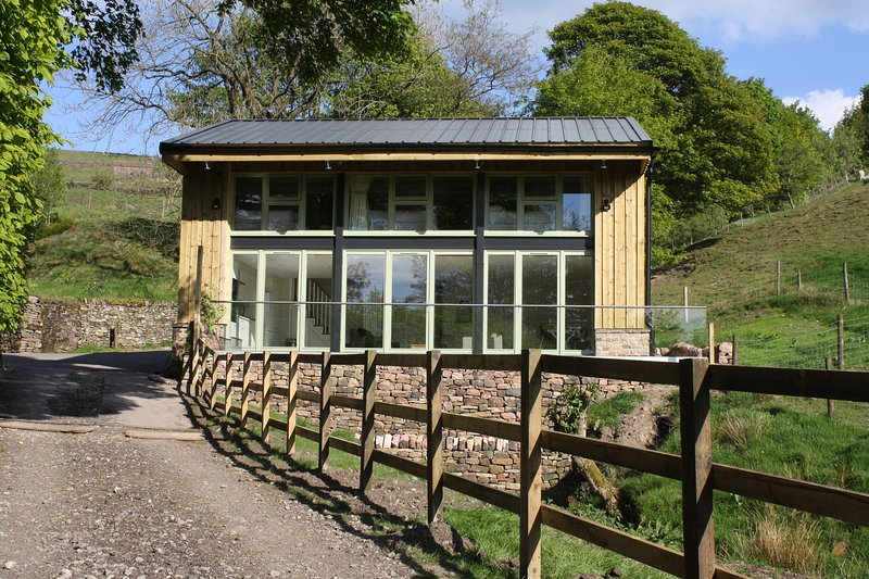 Shearing Shed, Quarnford, Peak District (sleeps 6+2), aluguéis de temporada em Wincle