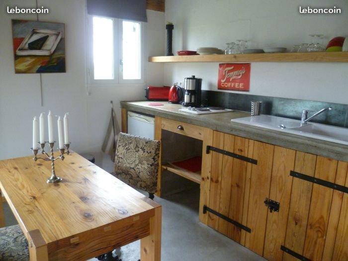 L'Anex un petit loft à Lorris, holiday rental in Beaune-la-Rolande