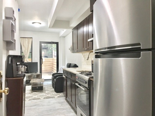 Brand New Duplex Loft, Washer/Dryer included, Near Columbia Medical center, vacation rental in Riverdale