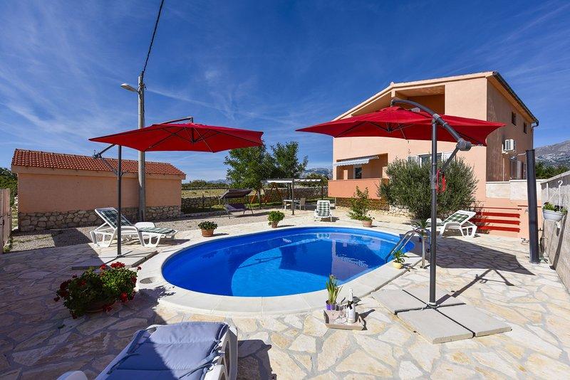 Villa Nea, holiday rental in Posedarje