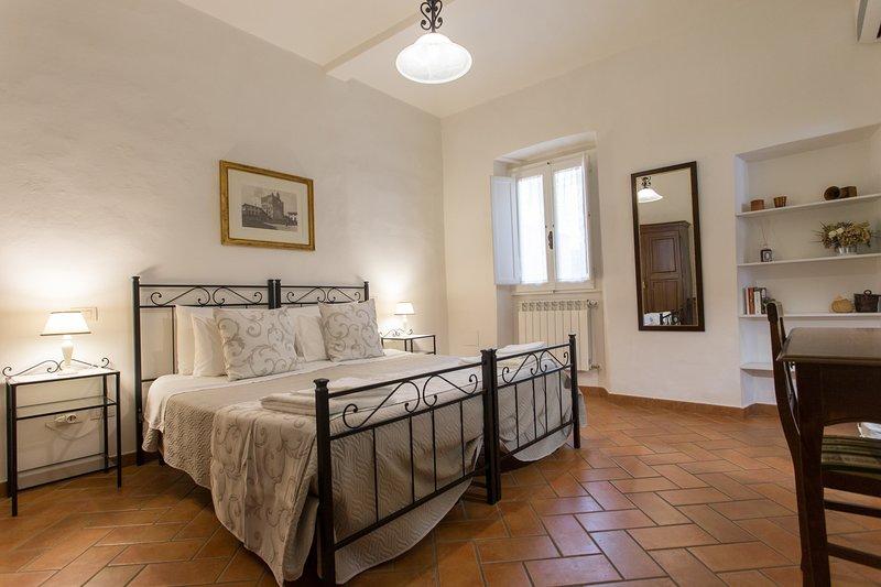 Camera da letto Francesco e Margherita. Letti matrimoniali o 2 letti singoli singoli.