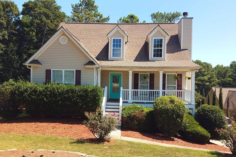 Woodstock Town, EASTDirection, vacation rental in Hickory Flat