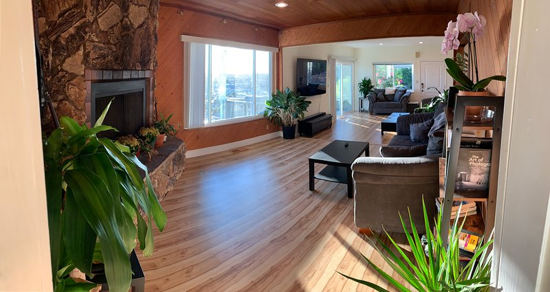 Spacious comfort & views, great access to SF Bay, holiday rental in Union City