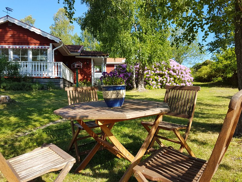 Nantes. Ein original kleines Schwedenhaus., aluguéis de temporada em Varmdo